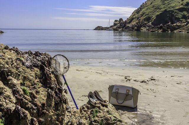 ARUNDEL TRAVEL GUERNSEY BEACH